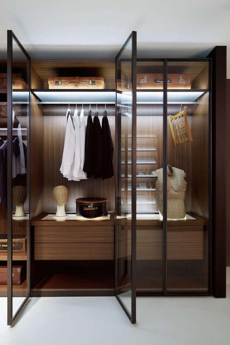 porro closet with glass door 0