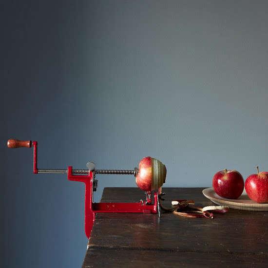 Editors Picks 13 Essential Kitchen Gadgets Holiday Edition portrait 9