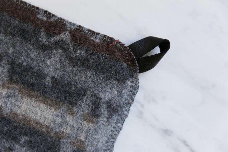 reclaimed wool potholder 1