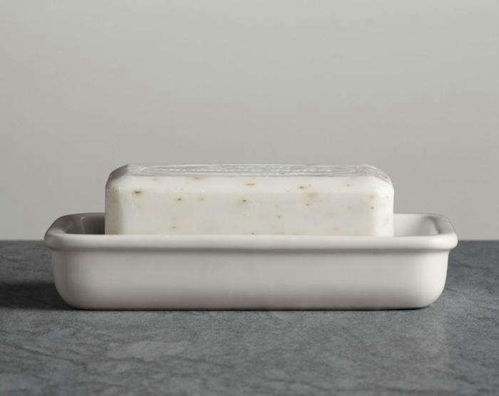 10 Easy Pieces Best White Soap Dishes portrait 3