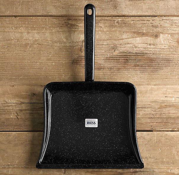 10 Easy Pieces DesignWorthy Dustpans portrait 5