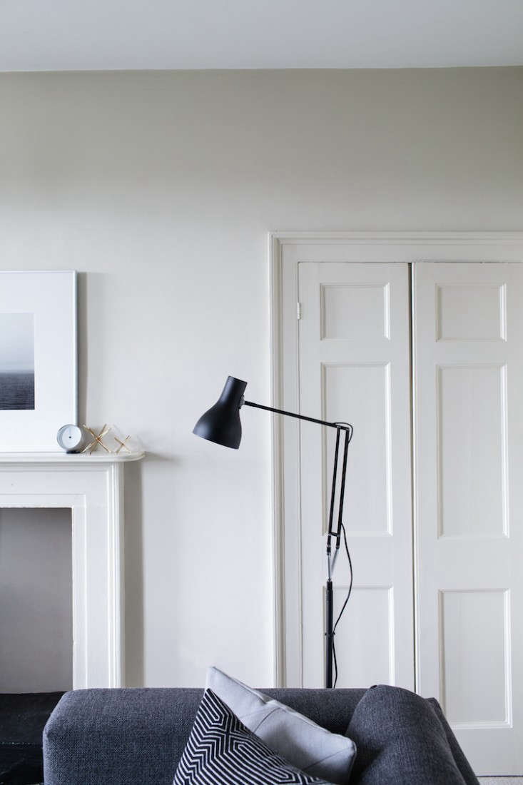 theanglepoise lamp–a uk classic (and remodelista favorite) was invented in  14