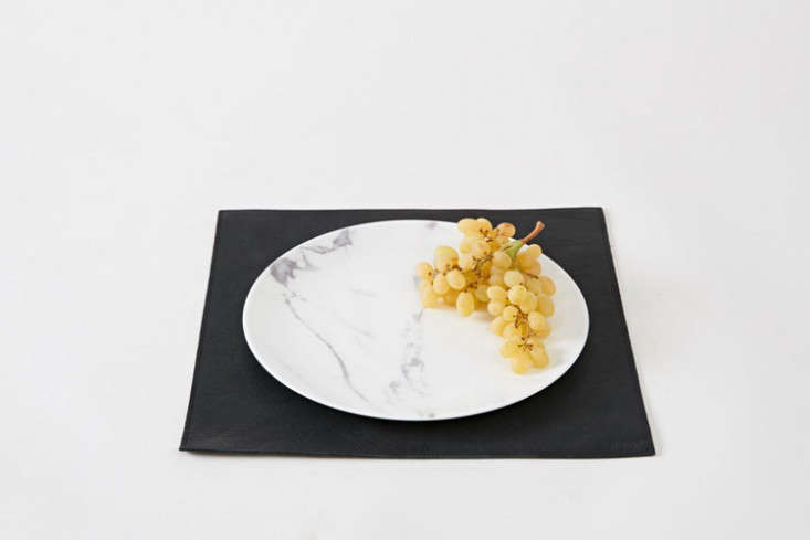 rth saddle leather placemat black