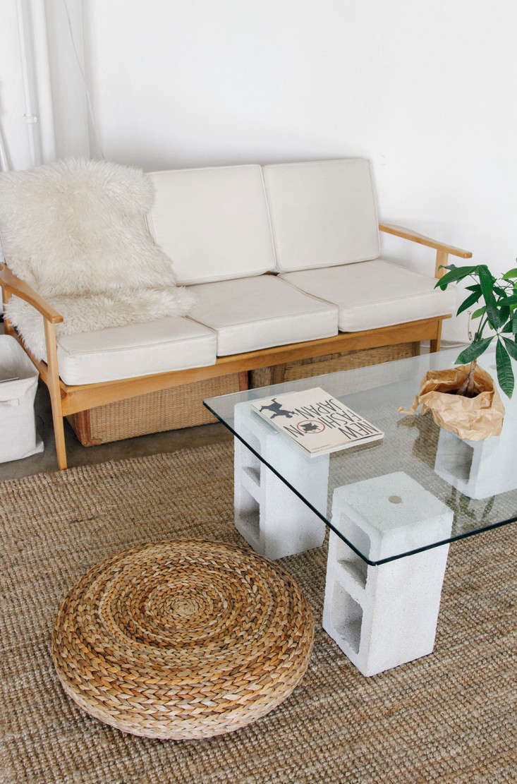 DIY 100 Glass and Concrete Coffee Table portrait 4