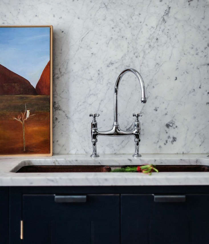 10 Easy Pieces Architects GoTo Traditional Kitchen Faucets portrait 7