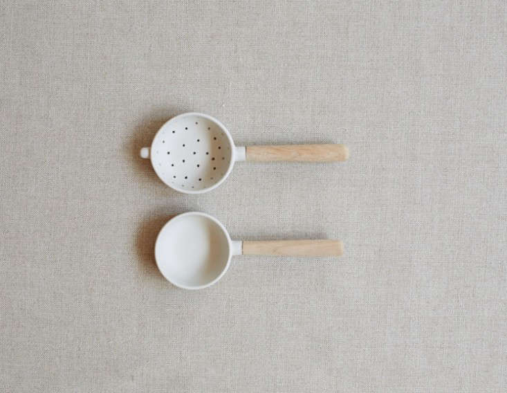 sue pryke tea strainer set