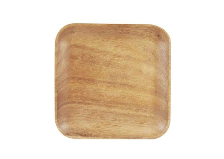 sur la table acacia wood salad plate remodelista