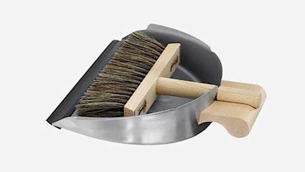 10 Easy Pieces DesignWorthy Dustpans portrait 10