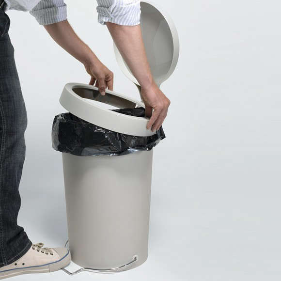 The Pedal Trash Bin Reinvented by a Design Star portrait 6