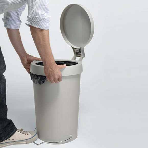 The Pedal Trash Bin Reinvented by a Design Star portrait 5