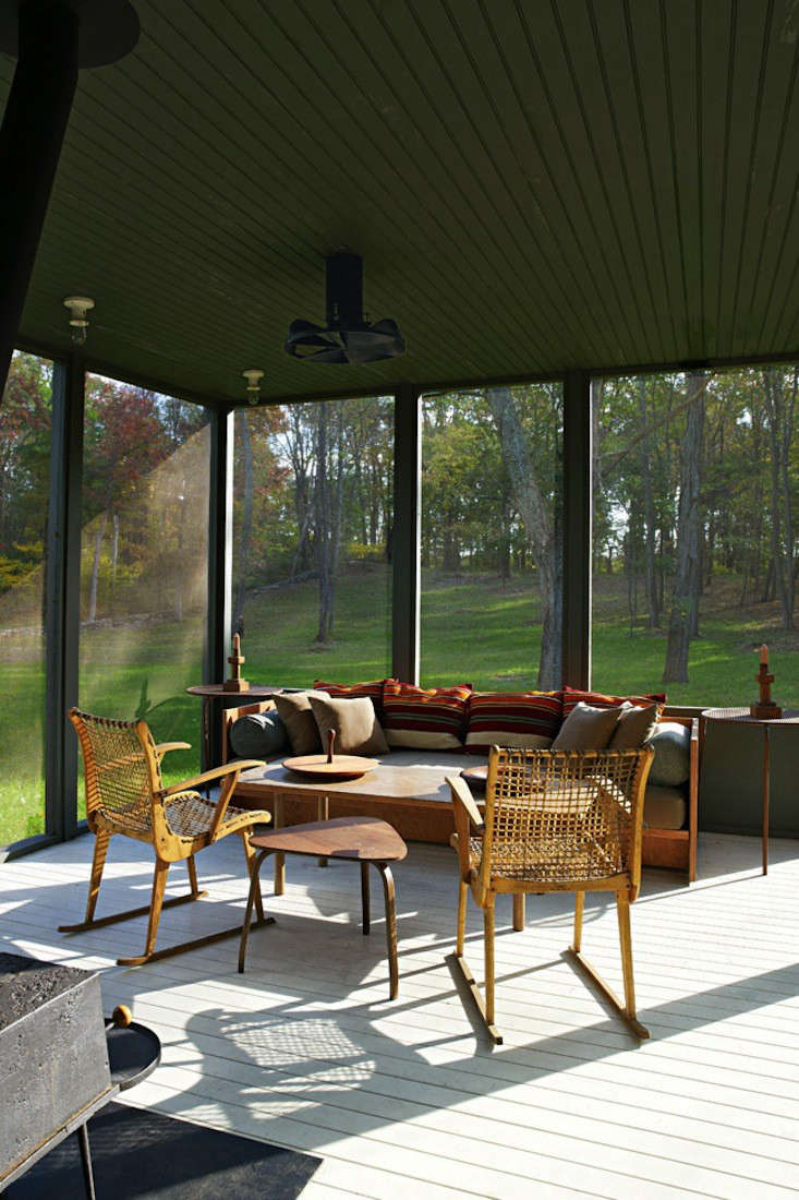 tsao mckown architects farmhouse screened porch remodelista 3