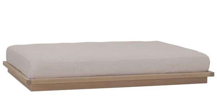urbangreenfurniture platform bed 0