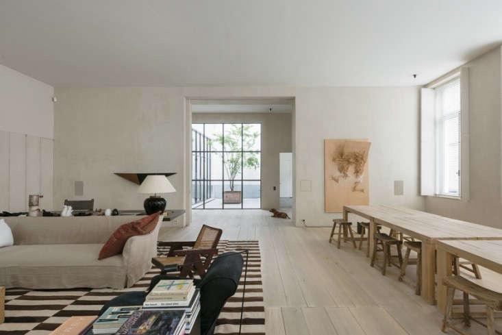 20 Questions Julianne Moore and Vincent Van Duysen Talk Design portrait 4