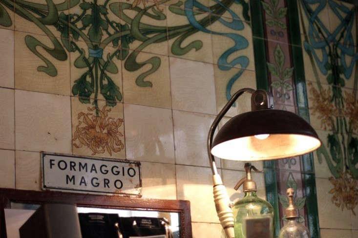 Expert Advice 11 UndertheRadar Parisian Dining Spots portrait 3