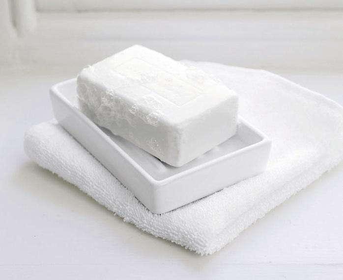 white company soap dish