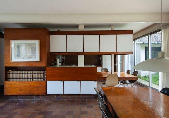winter house kitchen 2