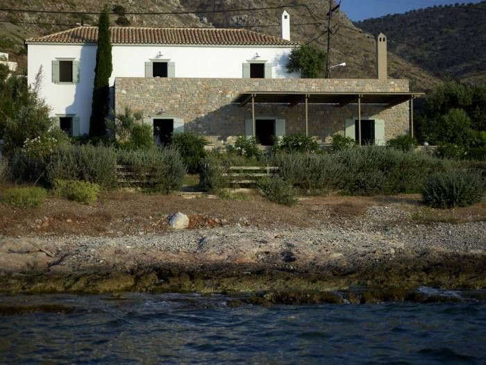 An Architects Holiday House in Hydra portrait 3