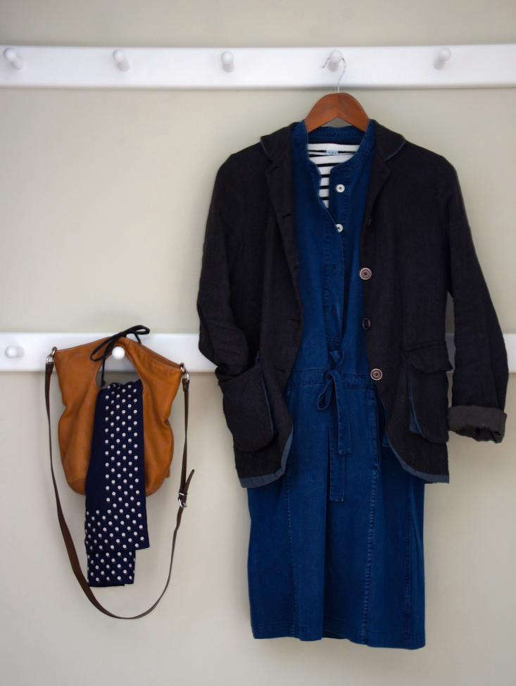 This particular outfit is a favorite of Remodelista&#8