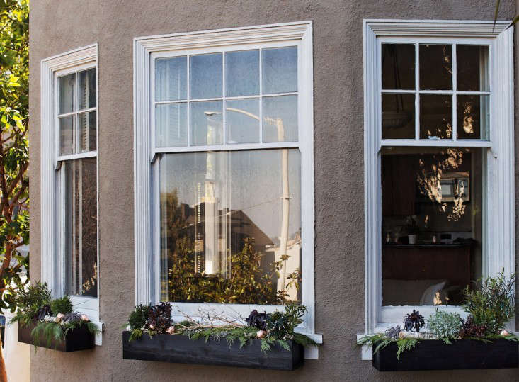 Three  20  Black  20  Painted  20  Holiday  20  Window  20  Boxes  40    20  Gardenista