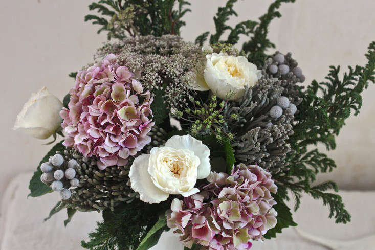 Winter  20  Romance  20  Bouquet  20  with  20  Silver  20  Brunia  40    20  finished 0