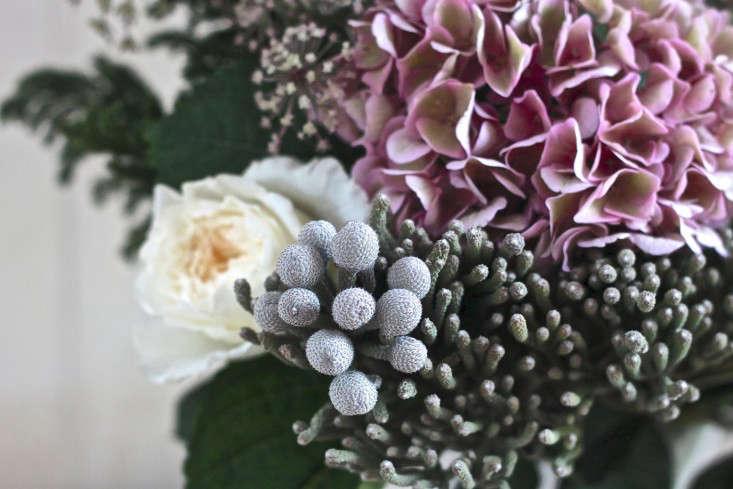 Winter  20  Romance  20  Silver  20  Brunia  20  Bouquet  20  detail