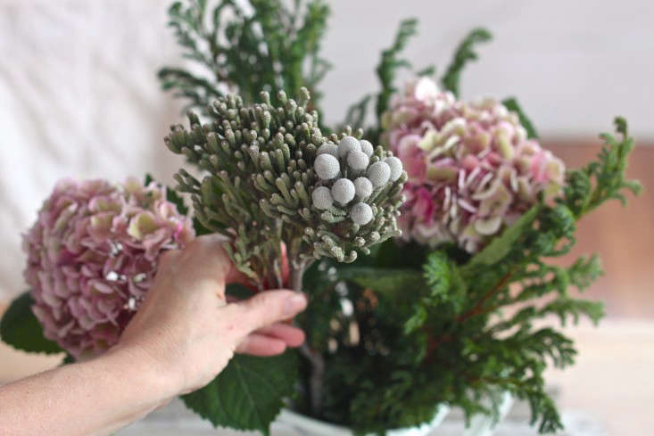 Winter  20  Romance  40    20  Silver  20  Brunia  20  Bouquet  40    20  assembly