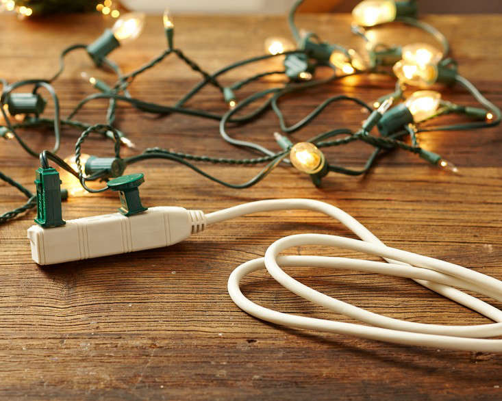 outdoor  20  holiday  20  string  20  lights  20  extension  20  cords  20  l  20  Gardenista