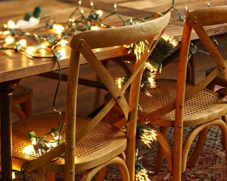 outdoor  20  holiday  20  string  20  lights  20  in  20  kitchen  20  l  20  Gardenista