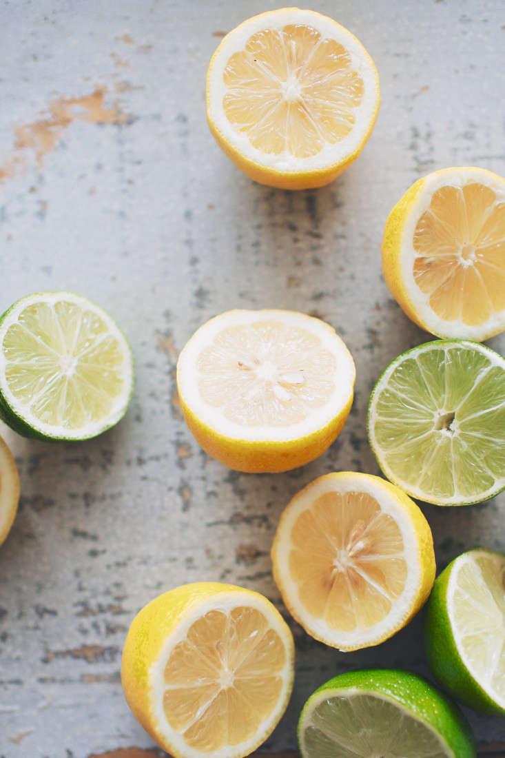 raspberry  20  sparkler  20  lemon  20  and  20  limes  20  vertical