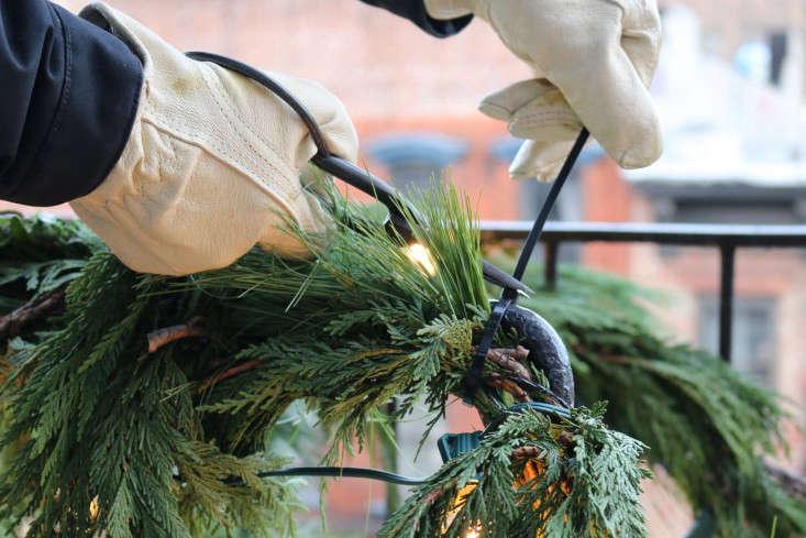 winter fire escape 13 erin boyle gardenista 0