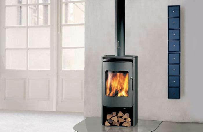 700 rais gabo wood stove in situ