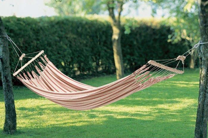 hammock manufactum between trees 1