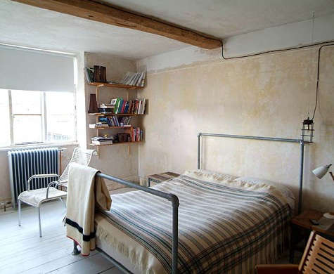 baileys bedroom galvanized pipe bed