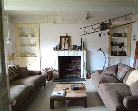 baileys living room 3