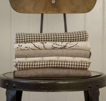 Fabrics  Linens Bainbridge Blues Textiles portrait 3