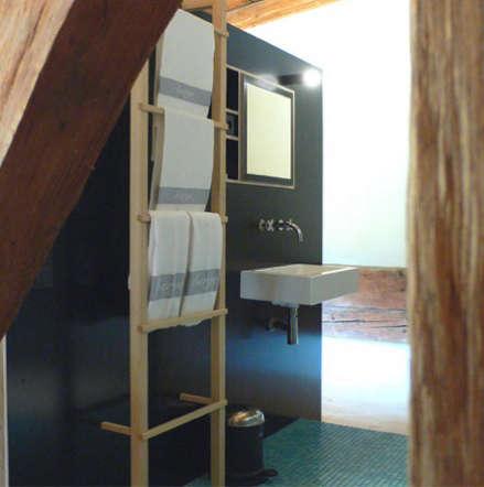black ladder bathroom berge