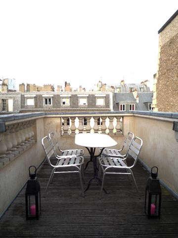 House Call Casamidy in Paris portrait 15