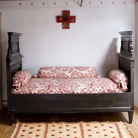 Furniture Les Indiennes Colette Bed portrait 3