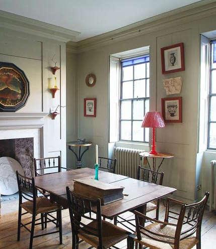 House Call Marianna Kennedy in London portrait 6