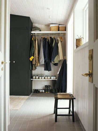 Storage Entryway and Mud Room Roundup portrait 3