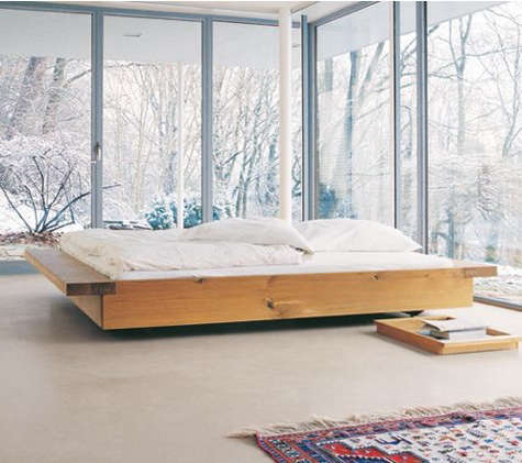 e15 bed with tray