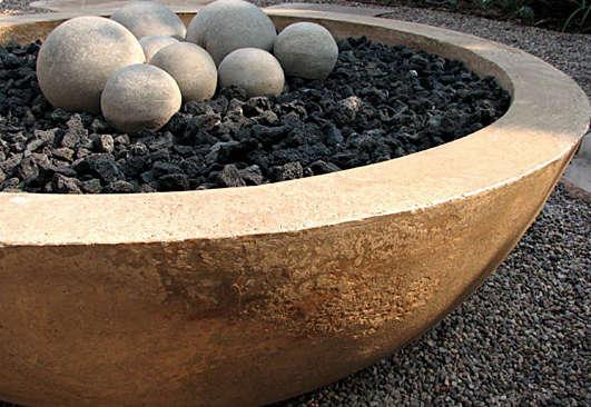 Outdoors Firepit Roundup portrait 11