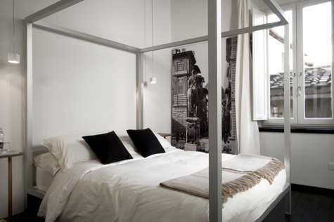 floroom four poster bed