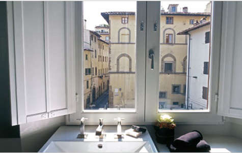 Hotels  Lodging Floroom in Florence portrait 13