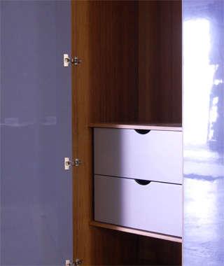 henrybuilt wardrobe detail 7 interior drawers