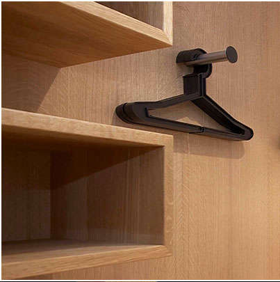 Storage Minimalist Closet portrait 5
