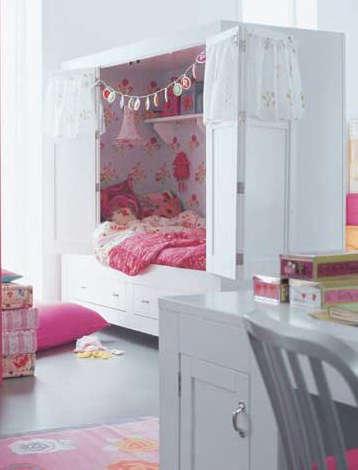 Childrens Rooms Bed Cupboard portrait 4