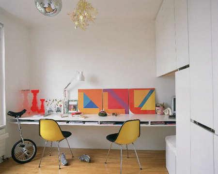 Office Home Workspace Roundup portrait 8