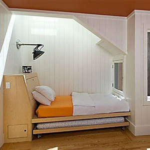 malcolm davis built in bed