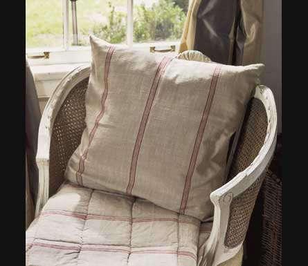 Accessories Vintage Grain Sack Pillows portrait 4